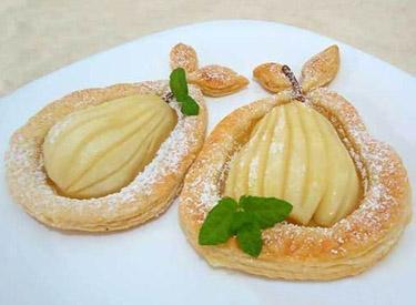 Ciasto francuskie z gruszką