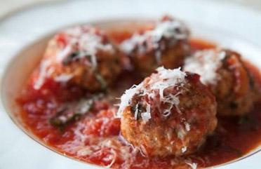 kluski-serowe-pomidory